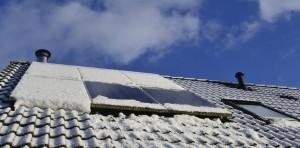 zonnepanelen sneeuw_0120